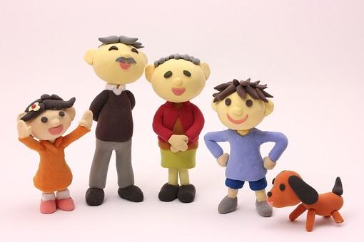 クレイ クレイアート クレイドール ねんど 粘土 クラフト 人形 アート 立体イラスト 粘土作品 人物 笑顔 子ども 子供 こども 男の子 女の子 女性 男性 家族 ペット 老人 老夫婦 お爺ちゃん お婆ちゃん 犬 団らん だんらん 団欒
