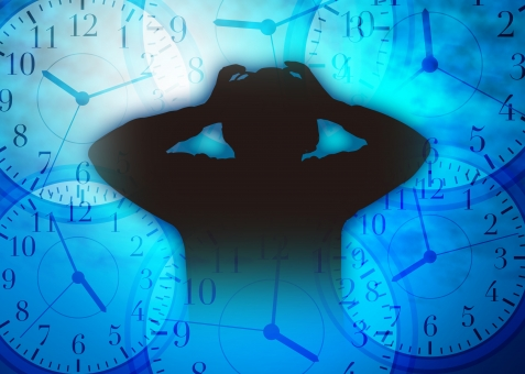 時間 締切 しめきり 締め切り 〆切 パニック イライラ いらいら 焦り 精神的 重圧 心配 不安 フラストレーション 追いつめられる 時計 シルエット 制限時間 タイムリミット 混乱 悩む 悩み いそがしい 忙しい 慌ただしい 寝不足 睡眠不足 繁忙 限界 多忙