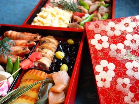 お正月 おせち料理 おせち 元旦 正月 黒豆 海老 れんこん 季節 1月 冬休み 重箱 大晦日 家族 家庭 家庭料理 ごちそう 盛り合わせ 和食 伝統行事 日本食 日本 japan japanese food