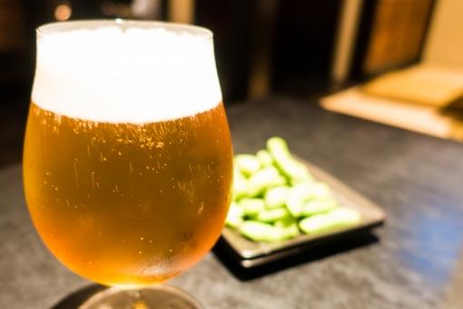 ビール お酒 枝豆 酒 つまみ おいしい 合コン 飲み会 酔う 女子会 コンパ 晩酌 麦 泡 炭酸