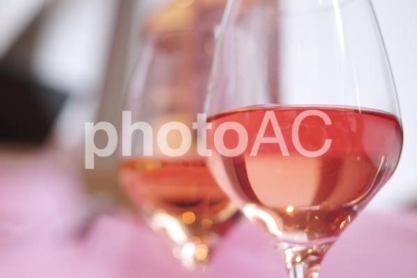 ロゼワインの写真