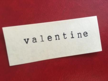 stamp スタンプ アルファベット 文字 英語 英字 壁 メッセージ メモ 紙 背景 素材 背景素材 壁紙 コトバ 言葉 ことば バレンタイン バレンタインデー valentine valentineday ヴァレンタイン ヴァレンタインデー 2月14日 2月 赤 レッド あか れっど red イベント