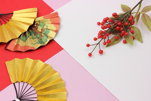 年賀 年賀状 正月 お正月 年賀素材 年賀状用素材 正月素材 和小物 和風 和 素材 伝統 飾り 正月飾り 新年 扇子 千両 金 紅白 赤 白 ピンク