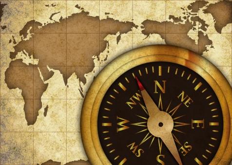 古地図 羅針盤 地図 コンパス 方位磁針 方位磁石 磁石 アドベンチャー 冒険 航海 アンティーク レトロ セピア 骨董 骨董品 古美術 世界 旅行 海外旅行 方向 方向性 国際 国際的 グローバル インターナショナル 展望 針路 進路 行き先 歴史