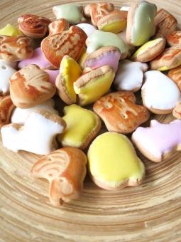 ようち 幼稚 幼稚園 ベビー 子供 こども キッズ お菓子 駄菓子 おやつ 砂糖 シュガー 懐かしい 昭和 袋 カラフル どうぶつ 動物