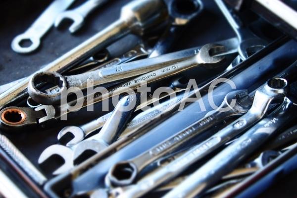 雑多な工具の写真