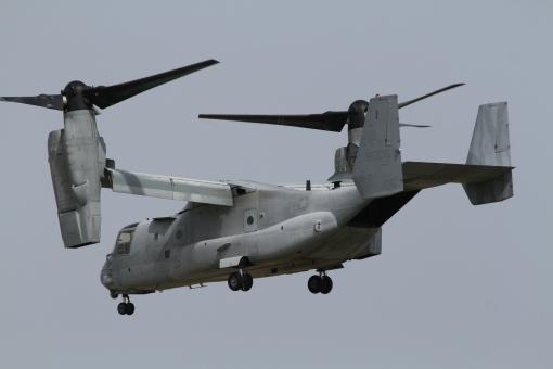 mv-22 オスプレイ 航空祭 オスプレイヘリコプターモード 普天間基地