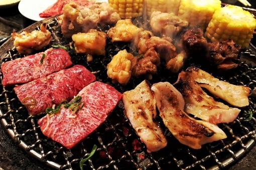 美味しそうな焼き肉写真の写真