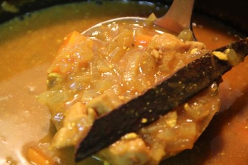 スープカレー カレーライス にんじん にんじんカレー 自家製カレー 手作りカレー ごはん 家ごはん 和食 食事 ラム肉 羊肉 玉ねぎ カレー スパイス 料理 家庭料理 煮込み料理 ガラムマサラ スパイス料理 インド料理 アジア料理