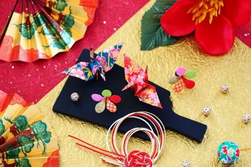 折り鶴 お正月飾り 年賀状の写真