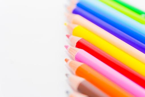 色鉛筆 カラー 絵画 色えんぴつ 文房具 ピクチャー 生徒 筆記用具 美術 塗り絵 ツール 絵 ペンシル ペイント 余白 カラフル 鮮やか きれい 授業 虹 レインボー 小学校
