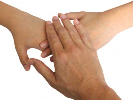 協力 手 指 爪 手のひら 人物 エイエイオー えいえいおー 団結 約束 気合 団結力 応援 学校素材 ビジネス web素材 web背景 目標 超える 挑戦 勝利 絆 きずな チーム 勝利への方程式 支えあう ハンド hand 震災 震災素材 頑張ろう がんばろう