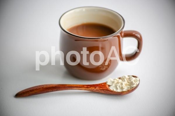 コーヒーとおからパウダーの写真