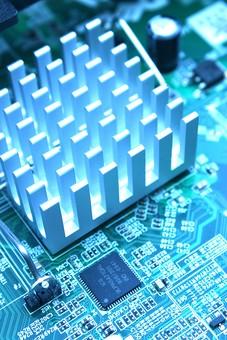 基盤 半導体 電子回路 回路 テクノロジー ボード 電気 IT チップ エレクトロニクス 電子機器 精密機器 マイクロチップ IC CPU 集積回路 プリント基板 トランジスタ 先端技術 コンデンサー 最先端 マイクロコンピューター 制御装置 アイテム パソコン コンピューター マザーボード ビジネス 修理 製造 技術 工業 製品 産業 ケーブル  緑 黒 一面 俯瞰 端子 クローズアップ 写真 素材 アート 加工 縦