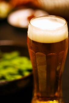 生ビール ビール グラス 枝豆 夏 真夏 アルコール 晩酌 居酒屋 beer draft beer