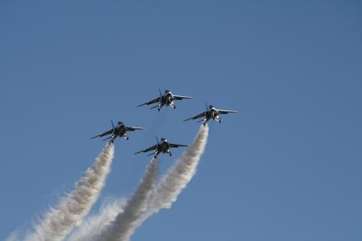 ブルーインパルス 航空機 航空 飛行機 青 空 自衛隊 アクロバット