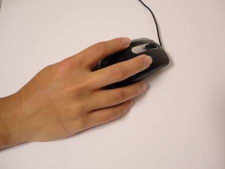 クリック マウス 押す 決定 購入 パソコン 仕事 手 右手 ポチる 動かす 動く 矢印 決める 自由