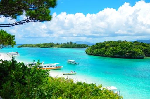 沖縄・川平湾の写真