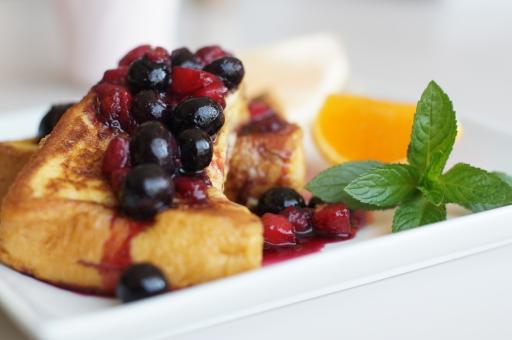 フレンチトースト ブルーベリー ミント スイーツ デザート Brakefast パンケーキ ブランチ 日曜の朝 カフェランチ カフェ 朝食