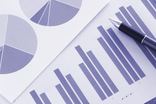 提案資料 プレゼン資料 ビジネス 商談 打ち合わせ 会議 企画 プレゼンテーション 提案 見積り グラフ ビジュアル 図形 データ 売上 売り上げ 企業 会社 デスク ミーティング 資料 書類 報告書 推移 統計データ データ分析 マーケティング 参考資料 営業 営業マン 実績 成績 販売 商売 月次資料 仕事 業務 作業 傾向と対策 市場シェア 他社 ライバル会社 比率 割合 見通し 経営計画 課題 経営者 マネジメント プレーヤー ビジネスマン ホームページ素材 ウェブ素材 ブログ素材 イメージ 素材 背景 背景素材 web blog