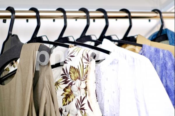 服 アパレル 陳列 ファッション の写真