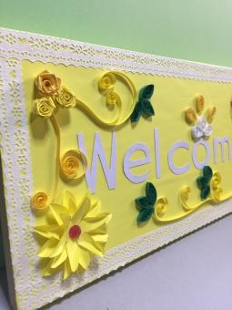 welcome ウェルカムボード ペーパークラフト ペーパークイリング 花 葉 黄色 白 コルクボード レース