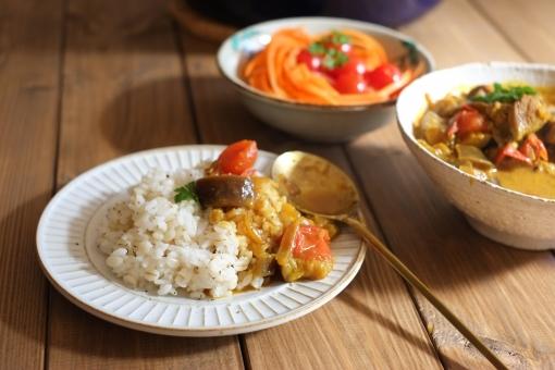 スープカレー インドカレー カレー かれー curry トマト サラダ さらだ 辛い 料理