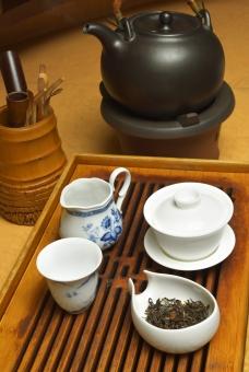 中国茶 中国茶具 蓋椀 茶海 茶杯 茶盤 茶則 茶杓 茶通 茶壺 急須 中国茶を楽しむ ひと息 休憩 茶 茶荷 茶葉 竹製品 陶器 台湾茶