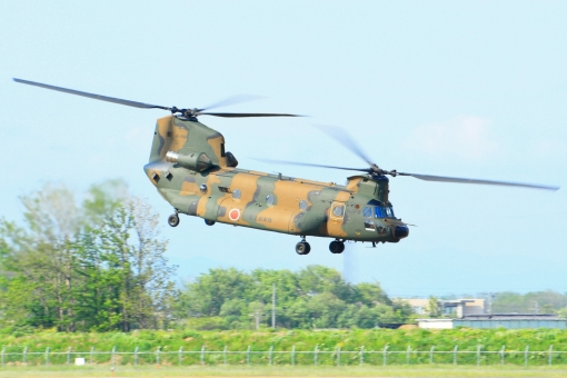 陸上自衛隊 ヘリコプター ヘリ CH-47 チヌーク ミリタリー 自衛隊 軍用機 飛行機