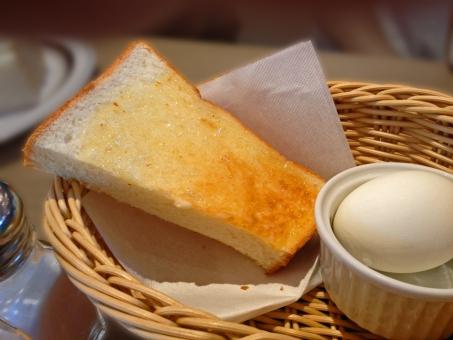モーニングサービス モーニングセット 朝食 breakfast パン 食パン bread toast トースト たまご 卵 玉子 茹で卵 ゆで卵 ゆでたまご ゆで玉子 茹で玉子 洋食 西洋料理 食べ物 食品 食材 料理 調理 gourmet グルメ 食事 食卓 食事の風景 食卓の風景