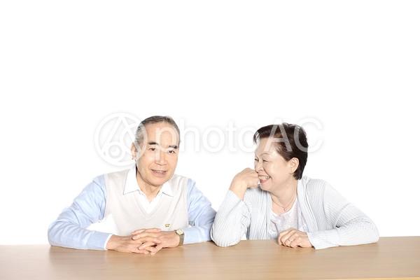 笑顔の老夫婦2の写真