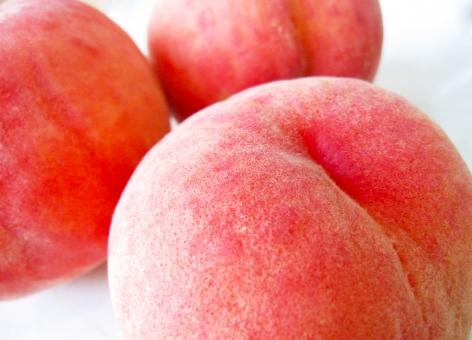 桃 もも モモ 果物 高級フルーツ 果肉 ピンク くだもの デザート 甘い スイーツ 食べ物