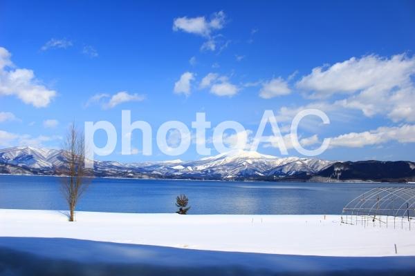 秋田県田沢湖の写真