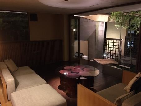 日本 和 建物 建築 竹 店 入口 古式 京 風 レストラン リビング 庭 イス チェア